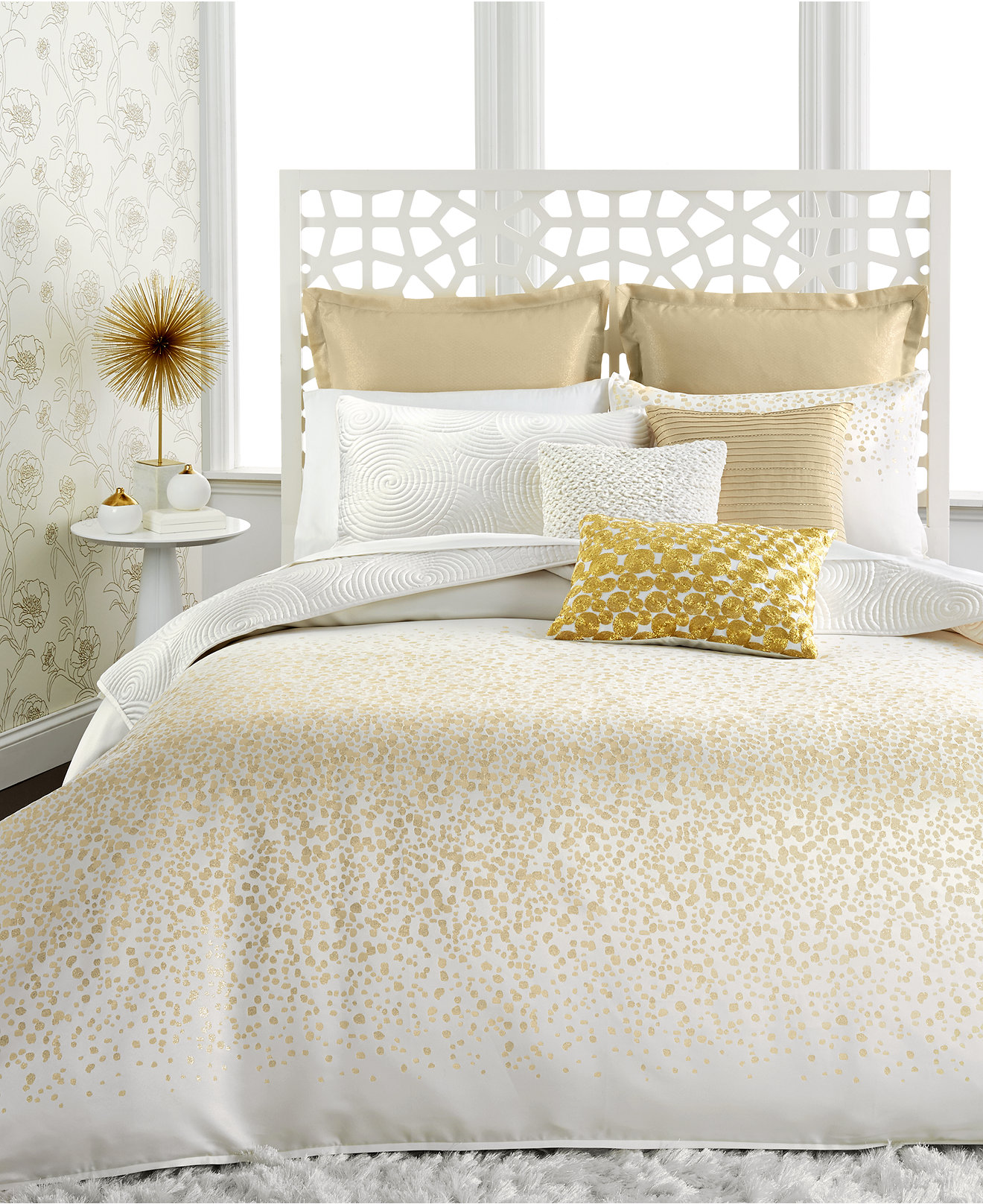 White And Gold Bedding Decor Bedding Designs