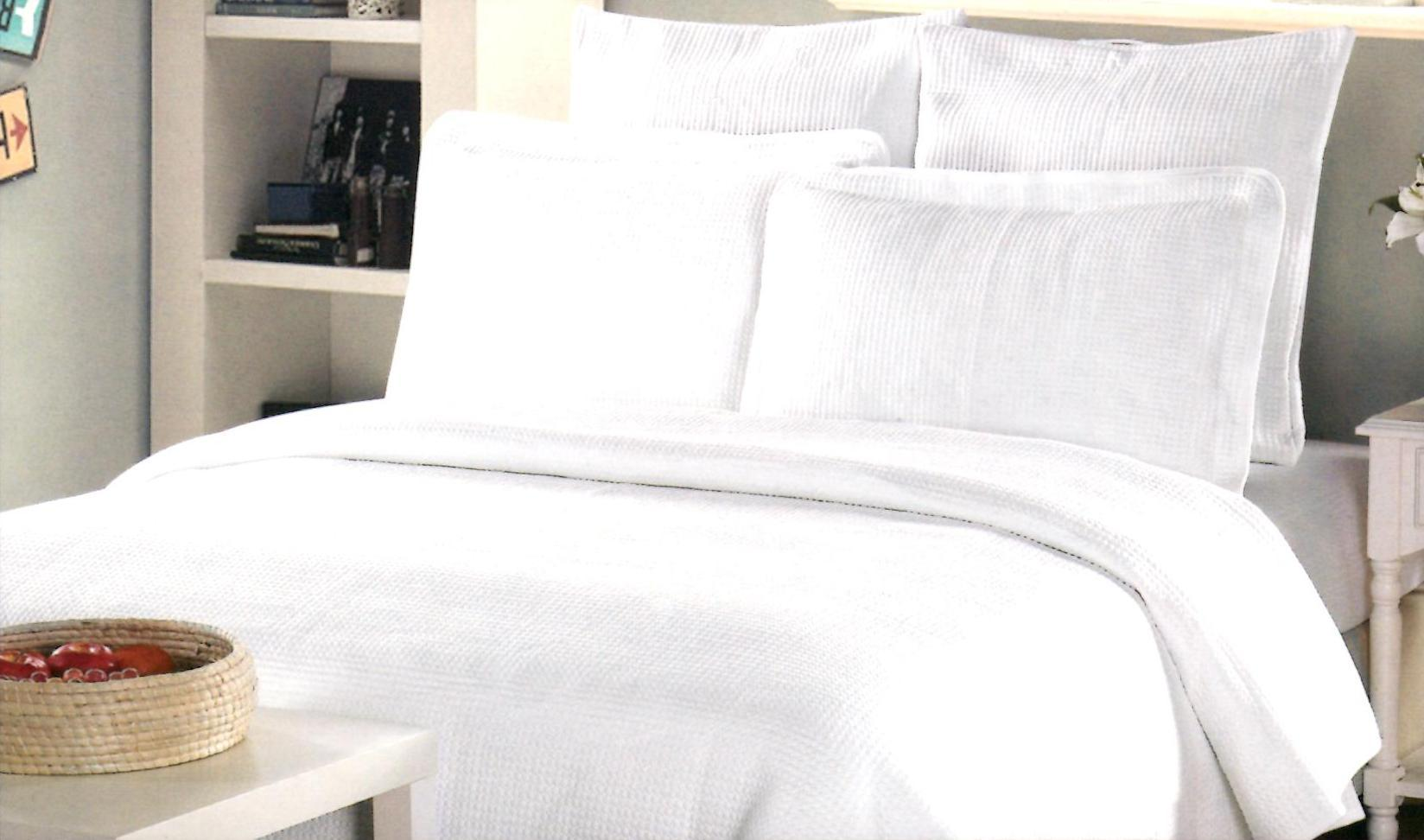Johnson Home King 3 Piece Soft Jersey White Quilt Set SOC 784