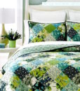 Martha Stewart Antique Patchwork Queen Quilt Set SOC 1095