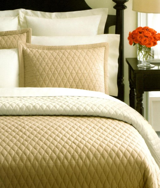 Martha Stewart Solid Diamond Khaki/Ivory King Quilt SOC 222