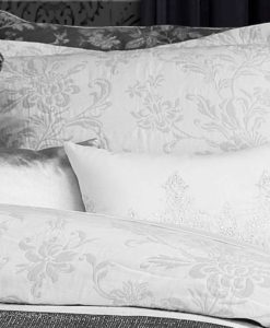 The White Collection Ainsleigh Standard Sham SOC 750
