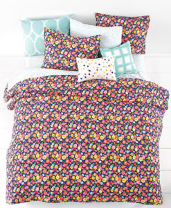 Whim By Martha Stewart Poppy Queen Quilt Set SOC 1136